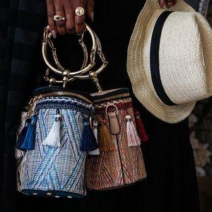 Karis' Kloset Bags - Calypso Tassel Bucket Bag 💙